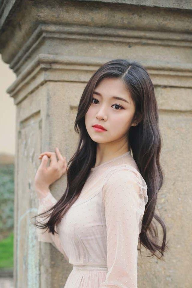 LOONA - HyunJin (현진)