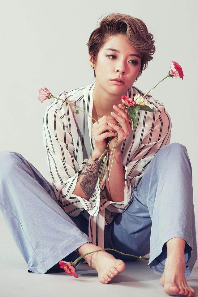 Liu Yi Yun (刘逸云)