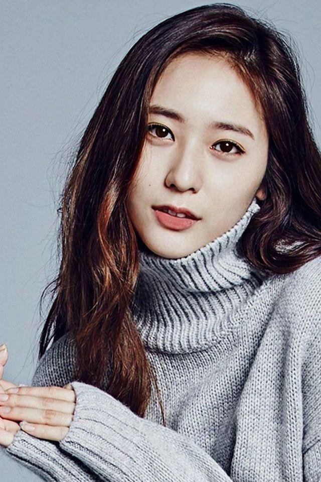 Chrystal Soo Jung (크리스탈수정)